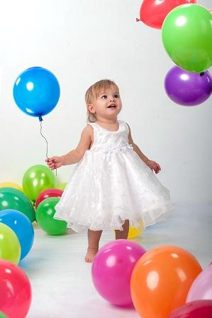 Дети обожают надувные шарики